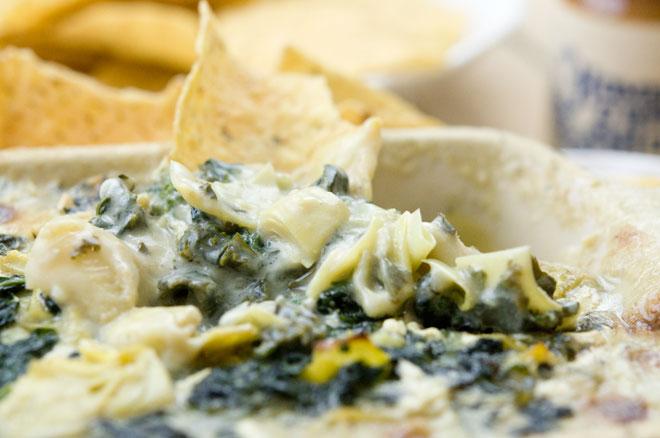 Creamy Vegan Kale & Artichoke Dip